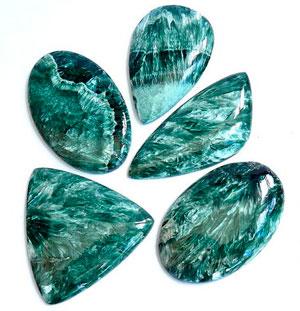 клинохлор магические свойства, клинохлор камень свойства