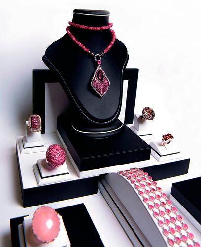 """""""Рубиновая» коллекция отювелирного холдинга «Галерея самоцветов»"""