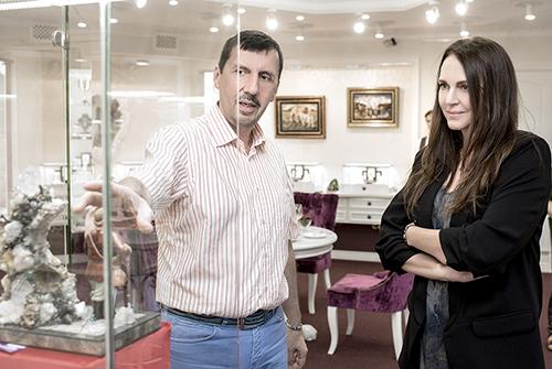 Татьяна Лютаева ивладелец ювелирного холдинга «Галерея самоцветов» Владислав Денисов