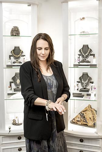 Татьяна Лютаева покупает украшения только вГалерее самоцветов