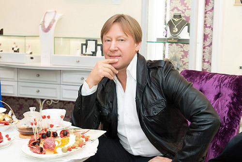 "Дмитрий Харатьян в""Галерее Самоцветов»"
