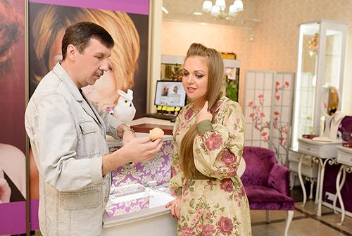 Марина Девятова ипрезидент ювелирного холдинга «Галерея самоцветов» Владислав Денисов