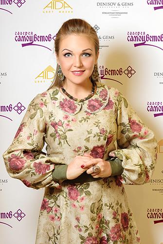Марина Девятова частая гостья вГалерее самоцветов