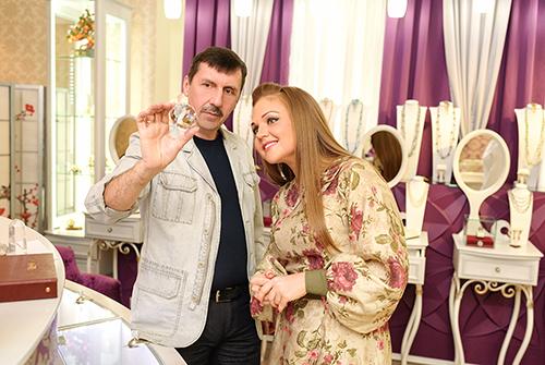 Марина Девятова предпочитает выбирать эксклюзивные подарки изнатуральных камней только в«Галерее Самоцветов»