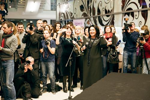 Надежда Бабкина представила свою первую коллекцию вместе сроссийской ювелирной компанией «Галерея самоцветов»